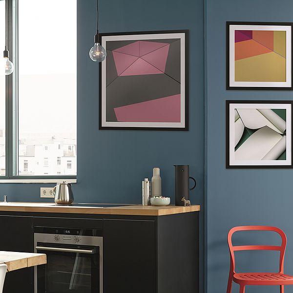 Kunst ist, wenn Kunstwerk und Wandfarbe aufeinander treffen